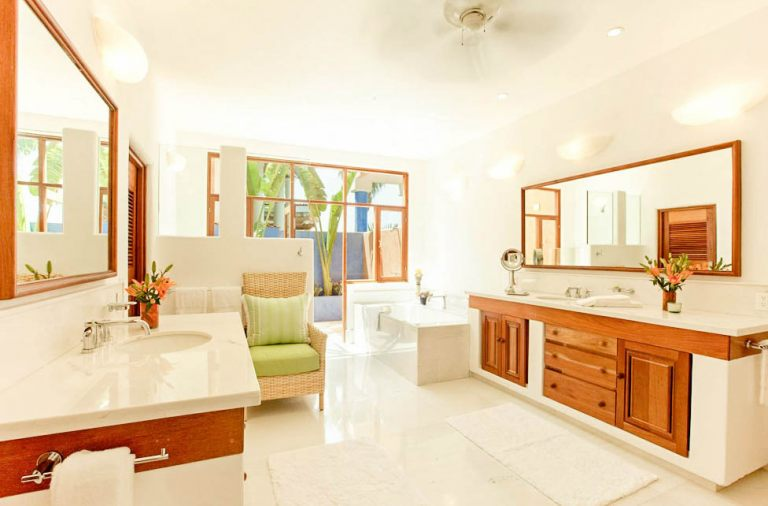 Oleander Suite Bathroom and Outdoor Shower